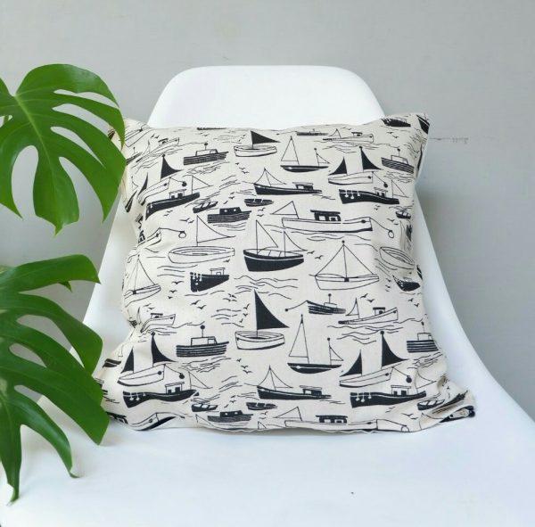 Cushion cover kanvas - Perahu (sarung bantal/sarung bantal sofa/bantal hias) 1