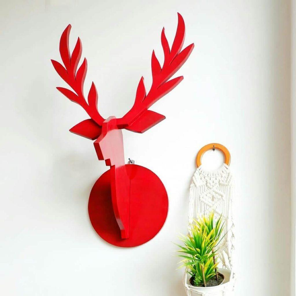 Dekorasi rumah unik: hiasan kepala rusa
