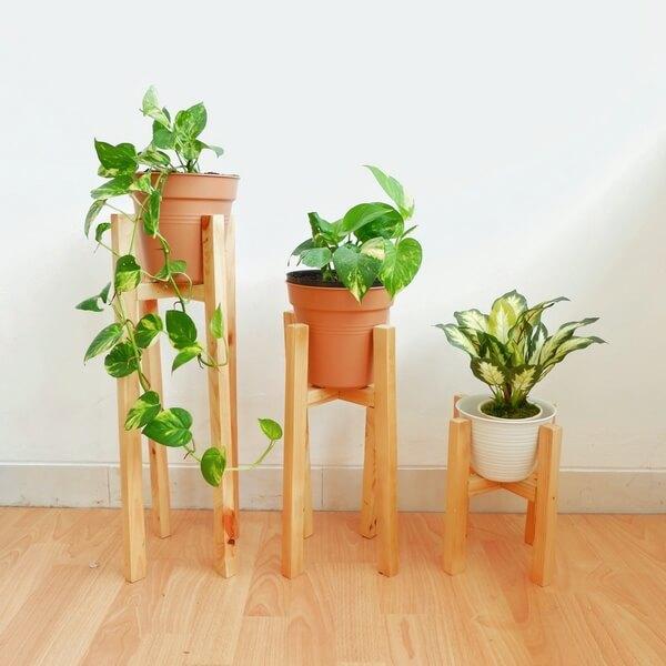 Hiasan rumah dari kayu - Standing planter